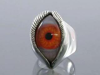 human eye(red)
