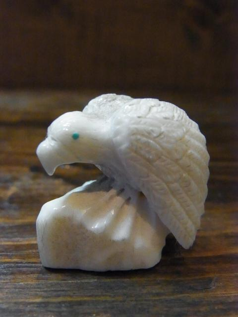 EAGLE IVORY