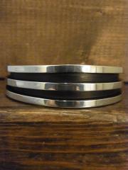 SOLD!! TOM HAWK 1.5cm幅 5-3/4インチ ヘビーバングルB